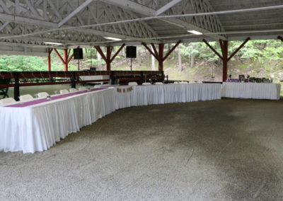 1d-Grove-Wedding-Head-Table